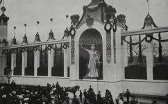 slavnostní dvořiště při návštěvě Fr. Josefa. - Český svět 19.04.1907
