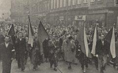 manifestace na obranu republiky - Světozor 29.09.1938