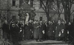 slavnost u Hálkovy sochy. -  Český svět 17.04.1919