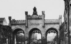 Brána od Malé strany -  Světozor 6.3.1891