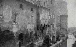 domy u vody před asanací - Český svět 23.01.1914