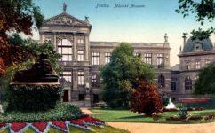 Městské sady s budovou Městského muzea na Florenci. -