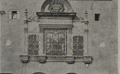 trojdílné okno svatební síňe v radnici - Český svět 30.10.1924